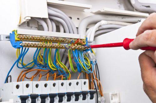 Как выбрать лучших подрядчиков по электрике